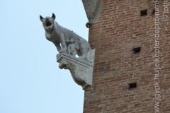 Roma_farkasa_Siena_2012_04_resize